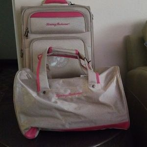Bahama Mama luggage by Tommy Bahama